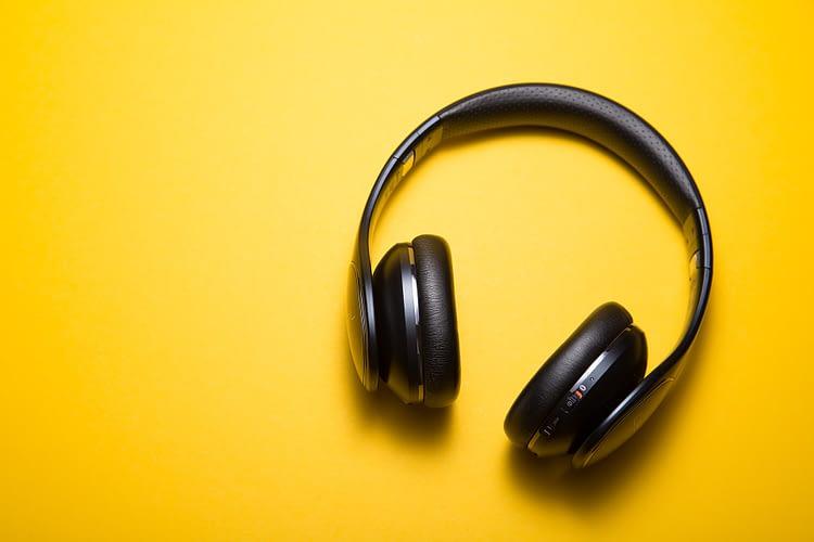 9 Best Headphones Under 3000 in India (2020)